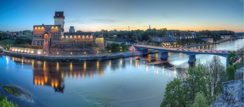 Narva River Promenade