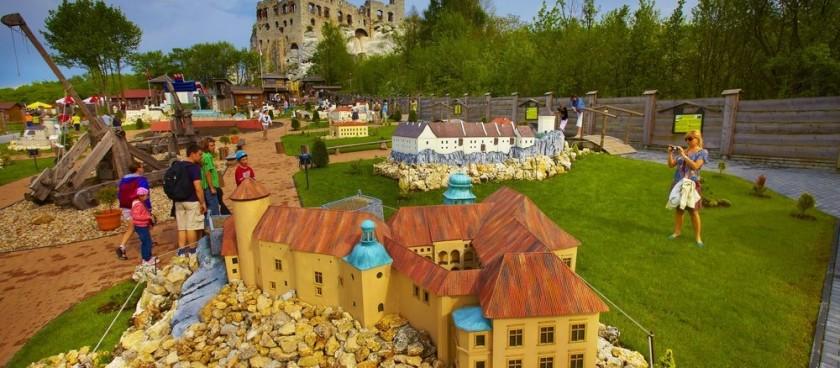 Ogrodzieniec Miniature Park