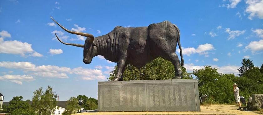 OKASKROON Monument