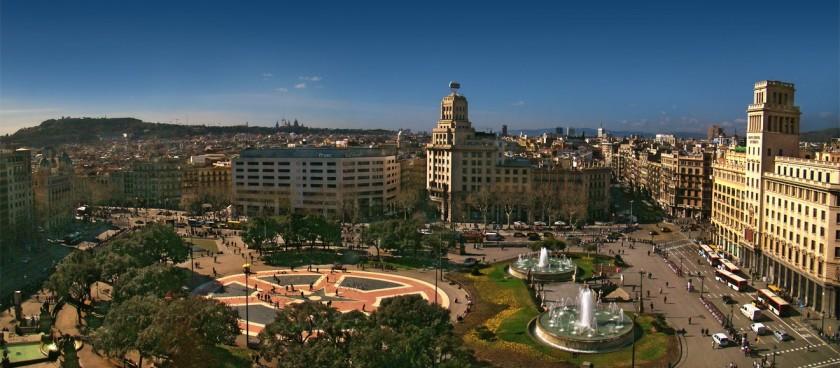 Plaça Catalunya the Square of Catalonia