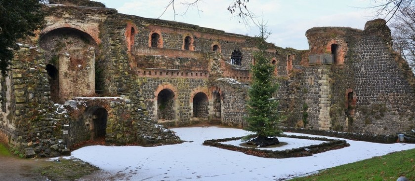 Ruins of the Imperial Palace(Kaiserpfalz Kaiserswerth)